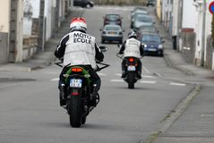 学会骑摩托车 免版税图库摄影