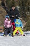 学会滑雪 免版税库存图片