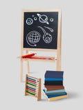 学校乱画在黑板背景中 免版税库存照片