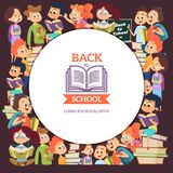 学校人字符 与男孩和女孩的各种各样的动画片背景在学校 皇族释放例证