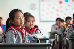 学校女孩在中国教室 图库摄影