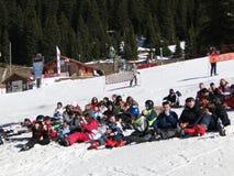 学校滑雪学员 免版税库存照片
