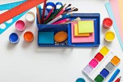 学校用品的汇集在白色背景的 免版税库存图片