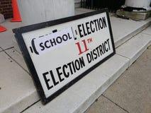 学校竞选,公民投票,拉塞福, NJ,美国 免版税库存图片
