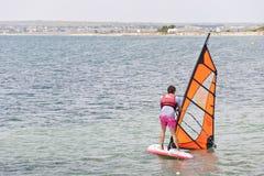 学校风帆冲浪 库存图片