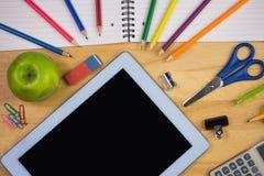 学生制表与学校用品 库存照片