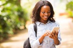 学生单手机 免版税库存照片