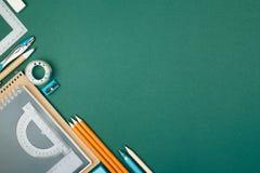 学生有固定式的` s书桌 免版税图库摄影