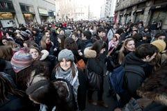 学生示威在米兰2010年12月22日 免版税图库摄影