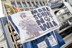 学生示威在米兰2010年12月22日 免版税库存图片