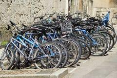 学生自行车 库存图片