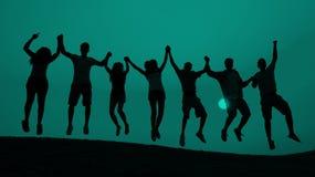学生青年跳跃的乐趣庆祝概念 免版税库存图片