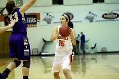 学院NCAA DIV III女子的篮球 免版税库存图片
