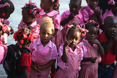 学龄前儿童在农村Robillard,海地 库存图片