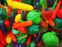 学龄前儿童的-粮食教材塑料菜 免版税库存照片