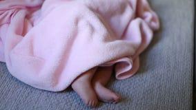 婴孩出生的新 股票视频