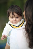 婴孩和妈妈 免版税库存图片