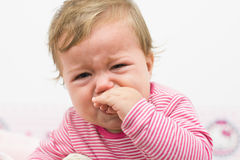 婴孩哭泣 库存图片