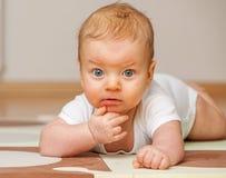婴孩四个月 免版税库存照片