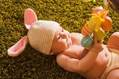 婴孩复活节兔子 库存照片