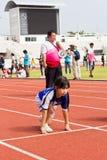 孩子体育天的事件 免版税图库摄影