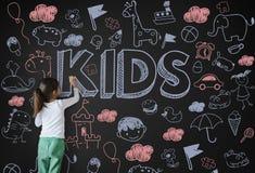 孩子儿童喜悦愉快的儿童概念 库存照片