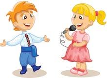 孩子唱歌并且跳舞 免版税图库摄影