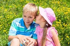 孩子在公园 免版税库存照片