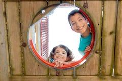 孩子在公园 库存图片