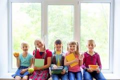 孩子在学校 库存图片