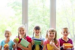 孩子在学校 库存照片