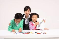 孩子在研究中 免版税库存照片
