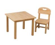 孩子的木椅子和服务台 免版税图库摄影
