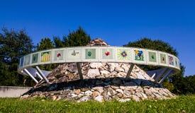 孩子的纪念在Al卢佩茨公园 免版税库存照片