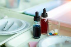 孩子的设备能试验糖科学 免版税库存照片