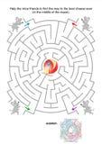 孩子的迷宫比赛与老鼠和乳酪 免版税库存图片