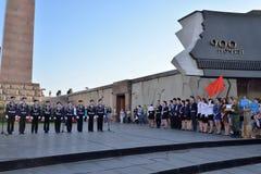 孩子的音乐会歌唱在纪念碑对900天  免版税库存图片