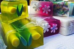 孩子的6愉快的自然肥皂 库存图片
