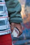 孩子石头 免版税库存图片