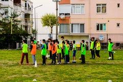 孩子英格兰足球联赛比赛-土耳其 免版税图库摄影