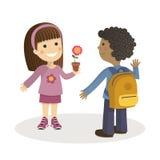 孩子讲话在学校的入口 库存图片