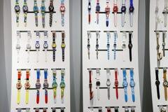 孩子wanda购物中心的手表商店 免版税库存图片