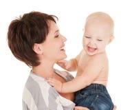 婴孩愉快母亲微笑 免版税库存图片