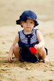 婴孩海滩女孩使用 图库摄影