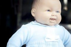 婴孩玩具在衣裳的玩偶时装模特 免版税库存照片