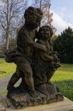 婴孩的雕象 免版税库存照片