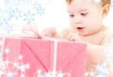 婴孩配件箱男孩礼品 库存图片