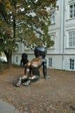 婴孩雕塑 免版税库存照片