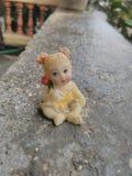 婴孩雕象  免版税图库摄影