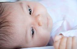 婴孩面孔特写镜头,选择聚焦 免版税库存图片